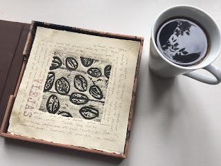 libro-de-artista-mesa-café