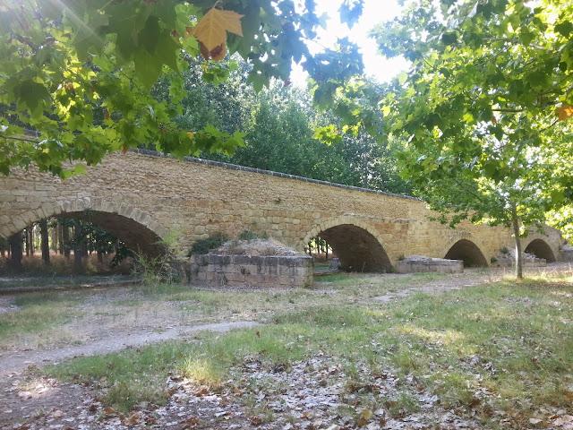 Unos amigos de paradores talamanca de jarama un paseo encantador - Exteriores puente viejo ...