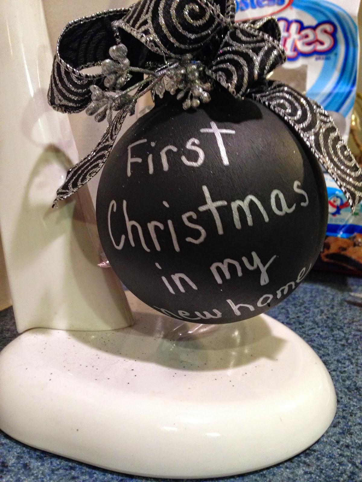CHALKBOARD CHRISTMAS ORNAMENTS