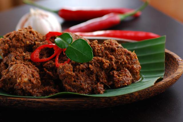 http://www.kabarviralpedia.com/2017/04/7-masakan-tradisional-indonesia-yang-paling-mendunia.html