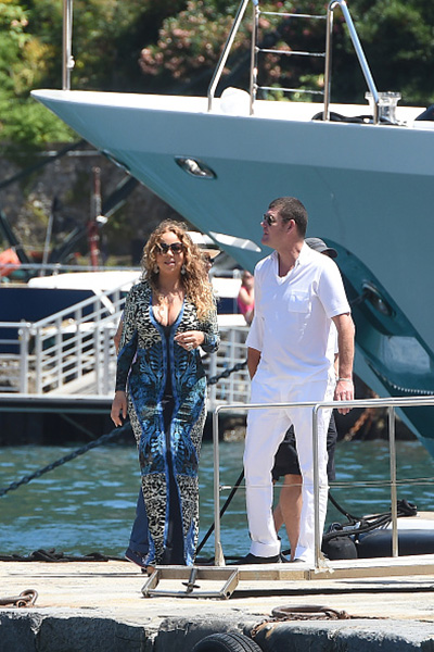 Mariah Carey with her boyfriend-billionaire 002