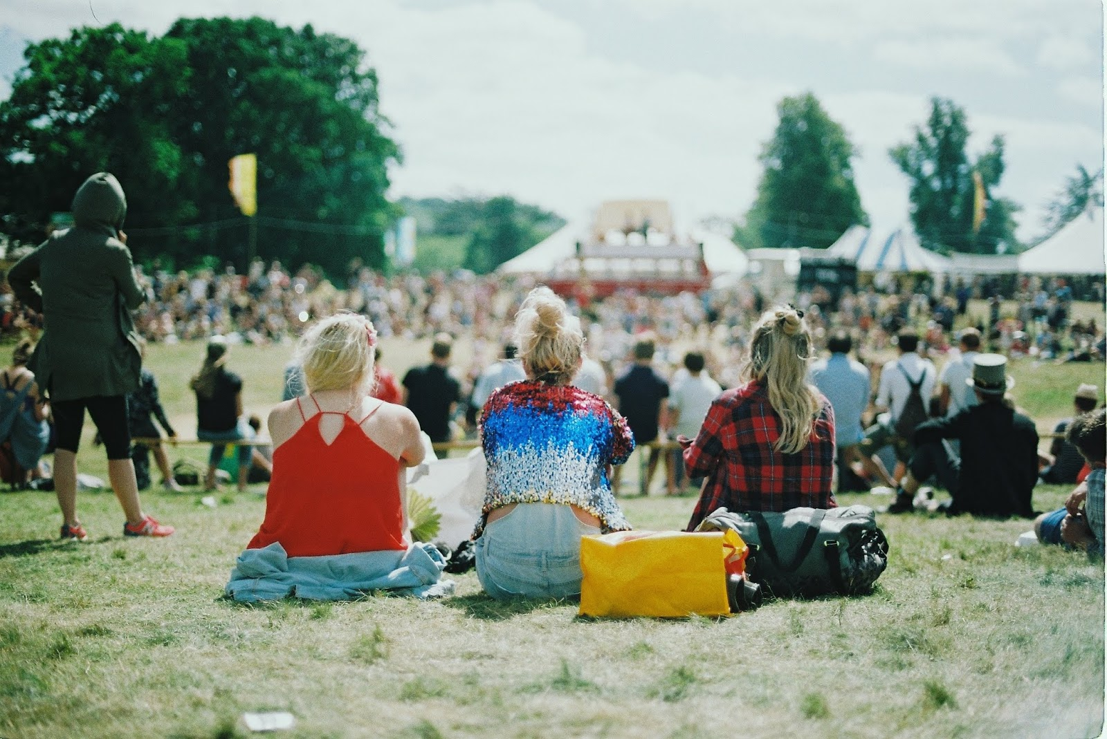 Your Guide To The Perfect Festival Look