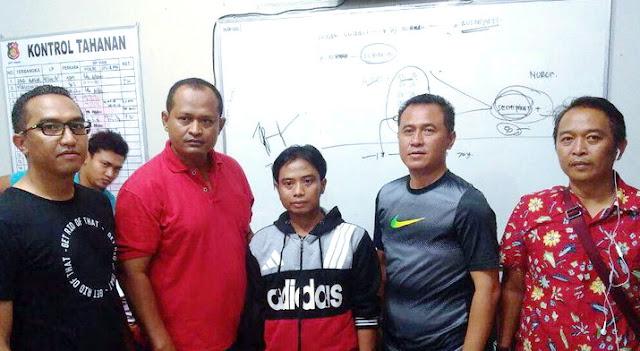 Anggota Paspampres Ini Ditusuk Tukang Antar Es Balok Setelah Geber Gas Motor Dan Berlaku Arogan