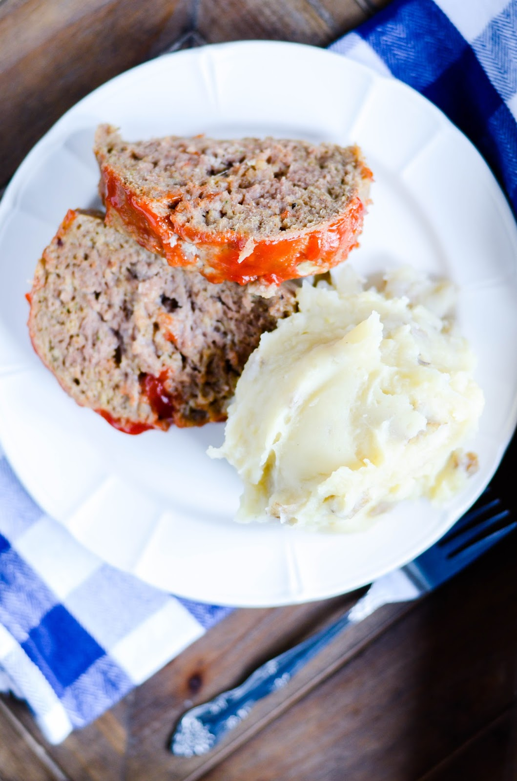 Make the meatloaf AND the mashed potatoes all in one pot! A quick, easy, and delicious weeknight dinner.