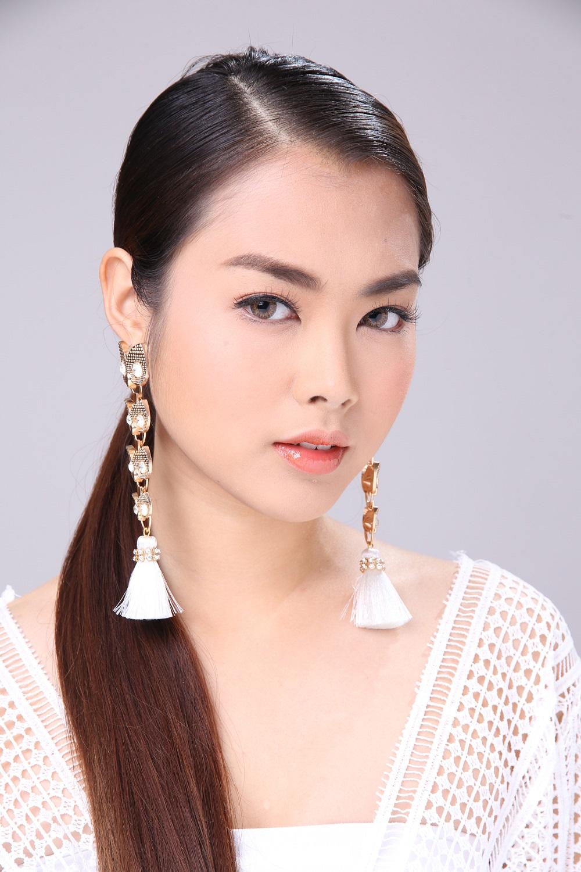 Communication on this topic: Kristi Myst, runglawan-thonahongsa/