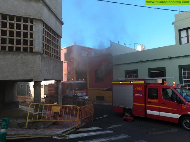 Un hombre herido en un incendio de una vivienda en Tazacorte