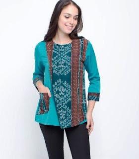 Model baju atasn batik wanita muslim