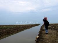 Pantai Sambilawang jadi tempat favorit mengumpat mantan pacar