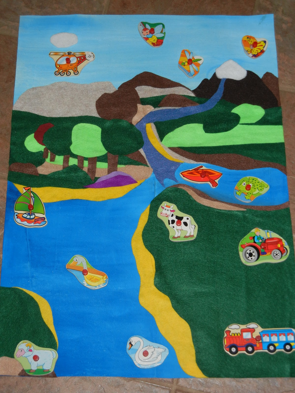 Making Montessori Ours Make A Land Water Amp Air Mat