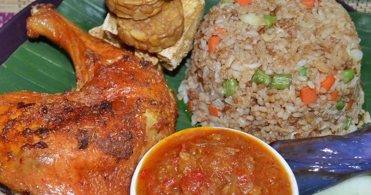 AMIE'S LITTLE KITCHEN: Nasi Goreng Ayam Penyet (Versi Panggang)
