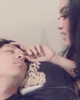 Video Tiara Dewi Bangunkan Suami Tersayang Sangat Mesra