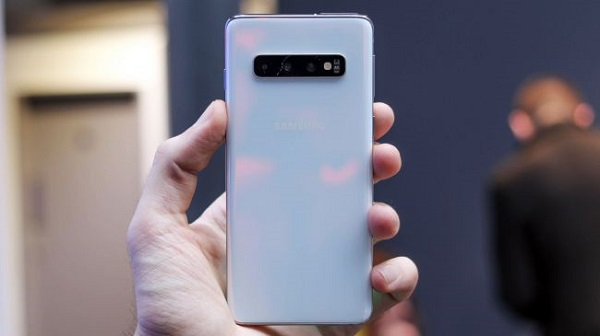 مواصفات هاتف Galaxy S10