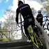 Vídeo de Sven Nys repitiendo la espectacular subida de escaleras de su hijo Thibau