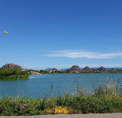 A BORBOLETA - Lagoa dos Monólitos, em Quixadá