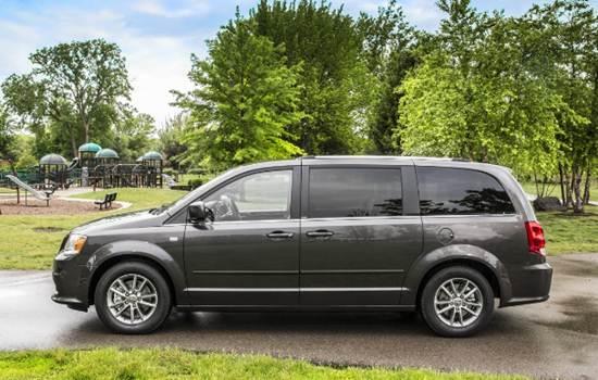 2017 Dodge Grand Caravan Review Australia
