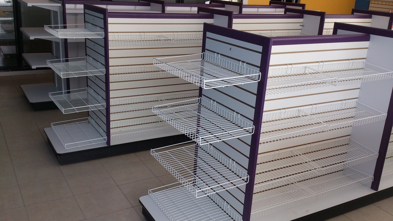 Muebles de tiendas mobiliario de tiendas tipo oxxo for Almacenes muebles