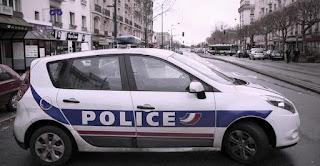 """De los tres hombres, dos son hermanos de origen turco que estaban en contacto con el tercero, Youssef de 28 años y conocido por su radicalismo integrista, reveló """"France Info"""". Este hombre había sido condenado en marzo de 2014 por intentar ir a Siria para integrarse en grupos yihadistas. El detenido había salido de la cárcel el pasado año y era objeto de una medida administrativa de residencia vigilada en virtud del dispositivo antiterrorista activado tras los atentados del pasado 13 de noviembre."""