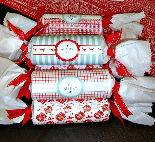 Christmas Crackers Diy.Diy Christmas Crackers The Refab Diaries