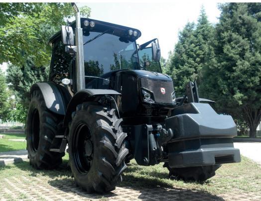 Özel üretim yerli traktör