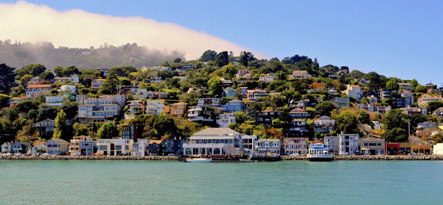 Travelhoteltours has amazing deals on Sausalito Vacation Packages. Save up to $583 when you book a flight and hotel together for Sausalito. Extra cash during your Sausalito stay means more fun! If you are looking for the perfect place to reconnect with friends and family, plan a trip to Sausalito. Here you'll find an alluring variety of natural and historical tourist attractions.