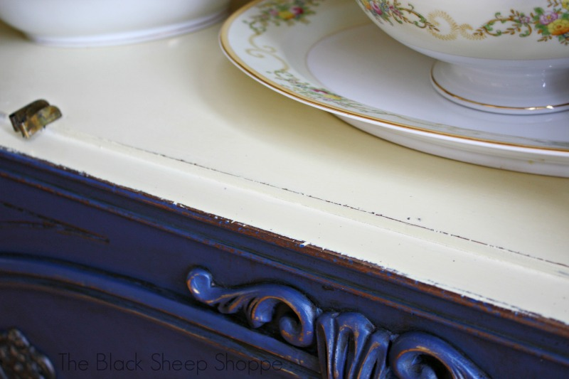 Napoleonic Blue pairs beautifully with Cream (Annie Sloan Chalk Paint).
