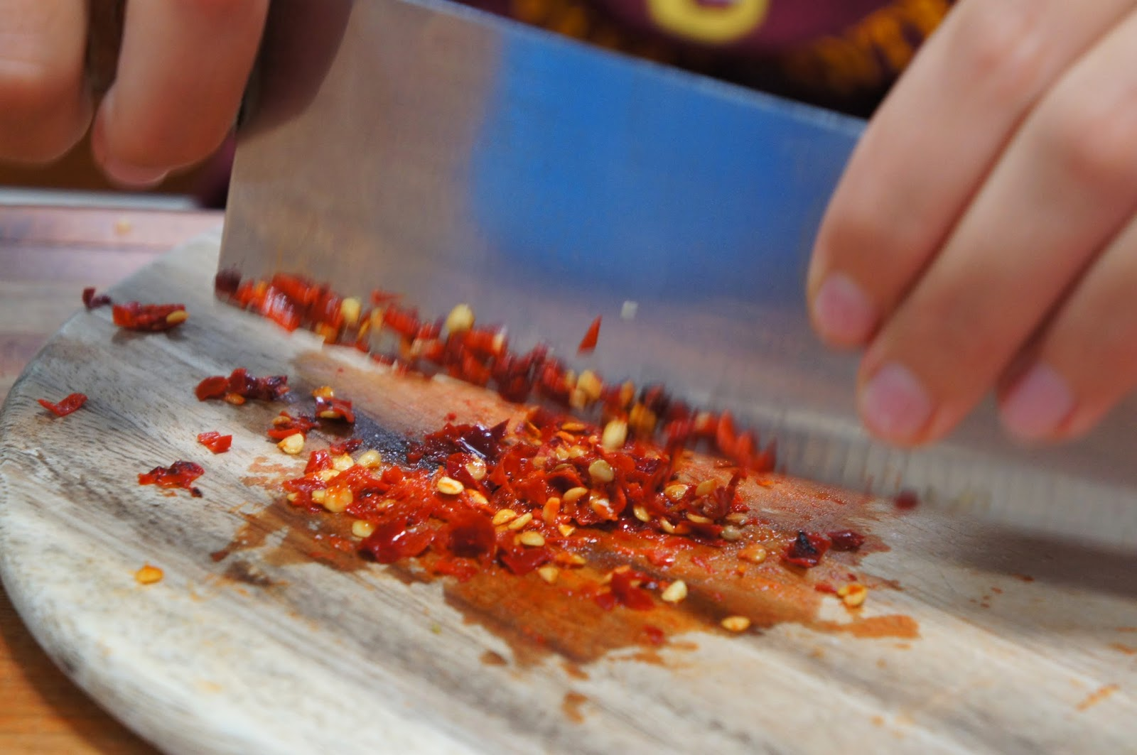 Chiang Mai - Mincing peppers to make red curry paste