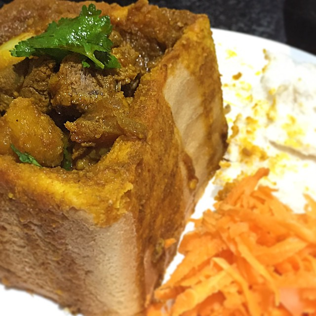 Hollywood Bunny Chow - Durban, Argyle