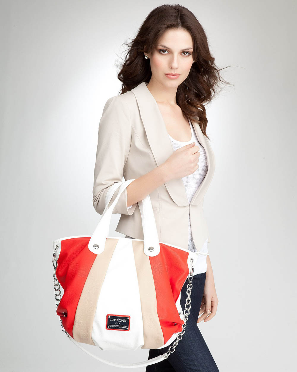 jenis macam koleksi produk fashion wanita cewek perempuan modis gaya fashionable trendy kece kekinian ngehits model baju pakaian sepatu jaket terbaru terkini ukuran bahan tas