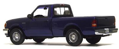 Ford Ranger XLT 1995 - 1/25 AMT