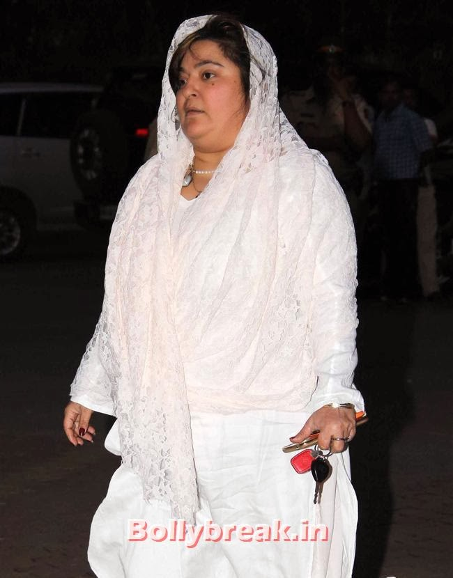 Dolly Bindra, Celebs at Farooq Sheikh Prayer Meet