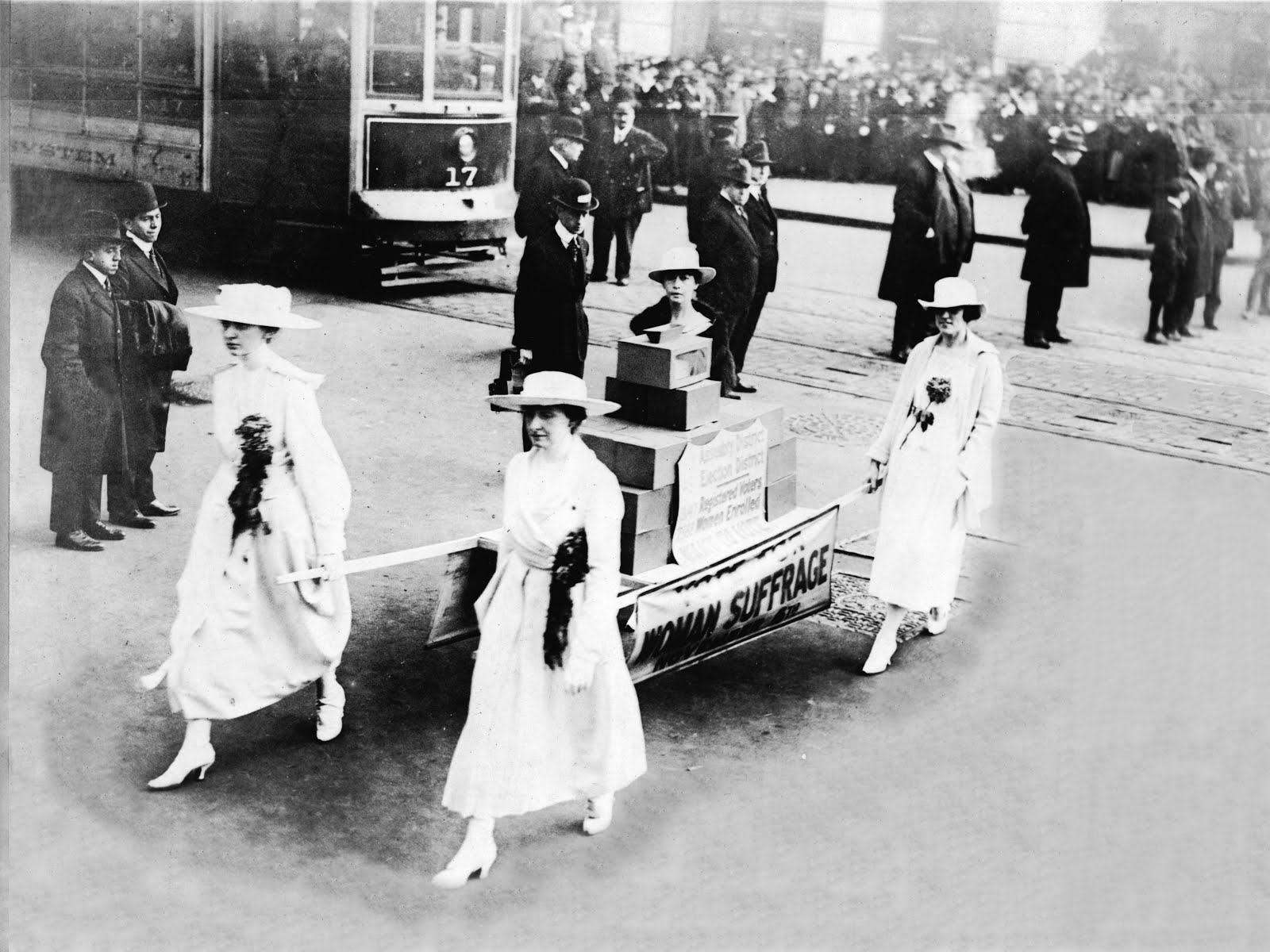 Women's Suffrage parade, NYC 1915