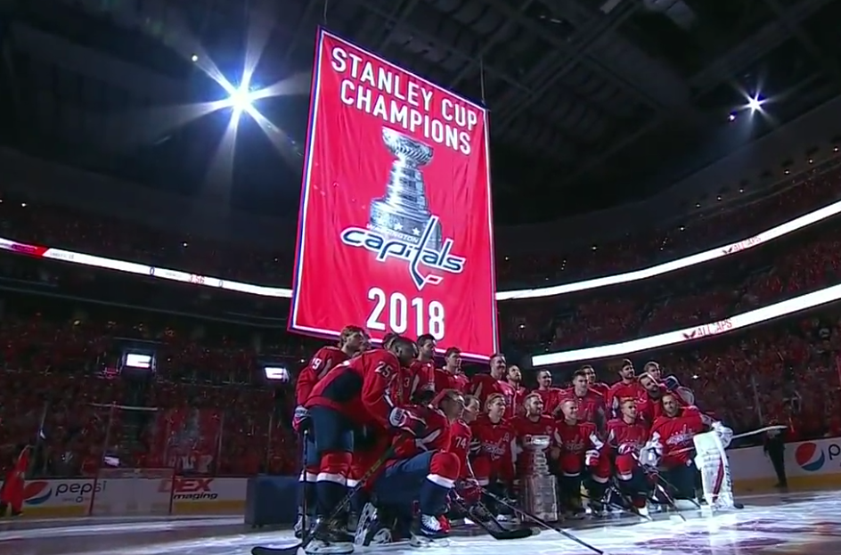 Washington Capitals raise 2018 Stanley Cup banner (Video) ~ Holdout ... 892f014da38