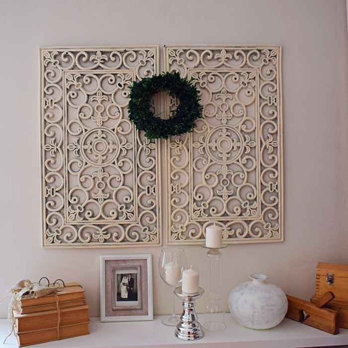 DIY - Dekoracja z gumowej wycieraczki i stare książki