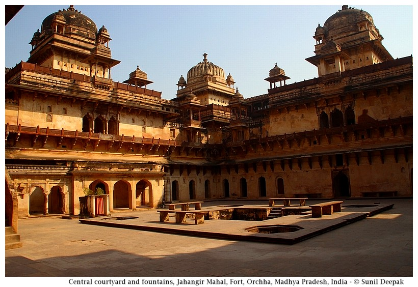 Courtyard, Jahangir Mahal, Orchha fort, Madhya Pradesh, India - Images by Sunil Deepak