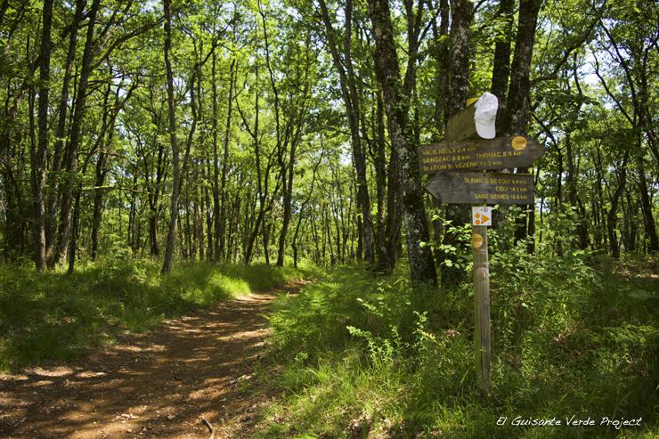 Señalización del sendero de Lascaux  - Montignac, Francia por El Guisante Verde Project