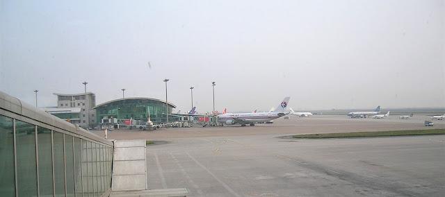 浦東空港の飛行機待機場