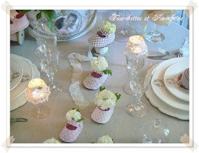 http://fourchettesetporcelaine.blogspot.fr/2016/05/table-fete-des-meres.html