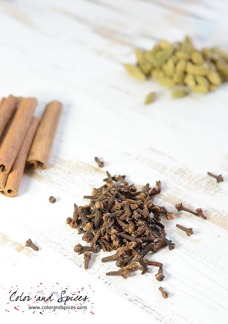 Color and Spices: Garam masala     the Bengali version