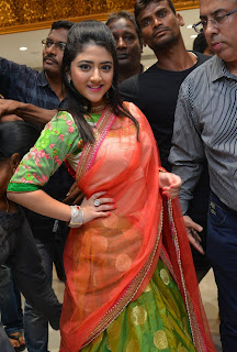 Shriya Sharma looks Super duper cute in Silk Saree at Kalamandir 25th Stoe Launch WOW