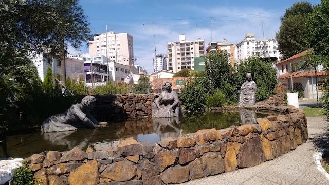 Parque Jonas Ramos Monumento as lavadeiras