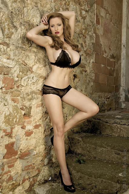 hot-Jordan-Carver-Last-Night-sexy-photoshoot-HD-Image-20