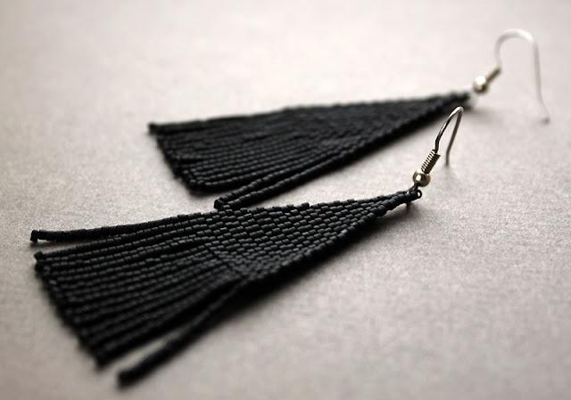 бисерные серьги черного цвета купить в интернет магазине авторской бижутерии