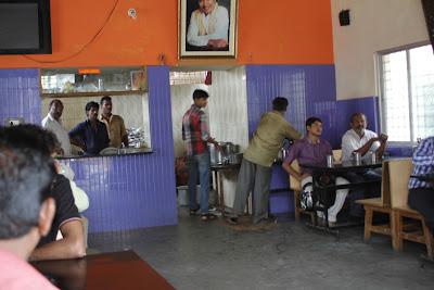 The ambience at Dr. Raj Kumar idli hotel, Horpet, Tumkur which serves amazing idlis at an amazing price.