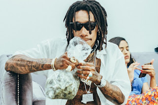 Wiz Khalifa Releases New Song & Video 'Captain'