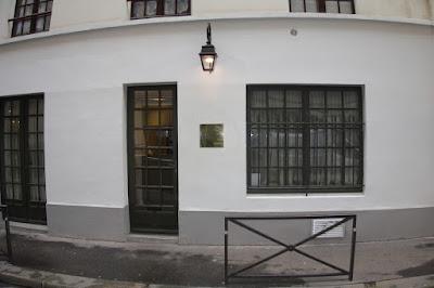 Entrée du restaurant Nakatani blog Délices à Paris.
