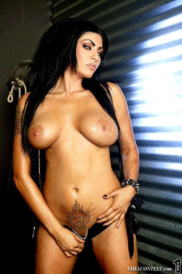 shelly martinez nude
