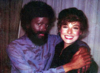 Michael Jackson in disguise with girlfriend Tatum O'Neal at Kool and the Gang concert