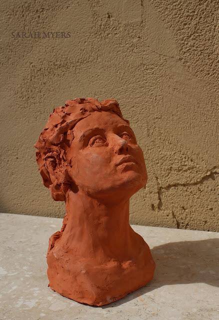 head, looking, upward, sarah, myers, sculpture, escultura, skulptur, scultura, terracotta, earthenware, ceramic, art, arte, kunst, face, gaze, woman, female, figurative, red, clay, modern, contemporary, artwork