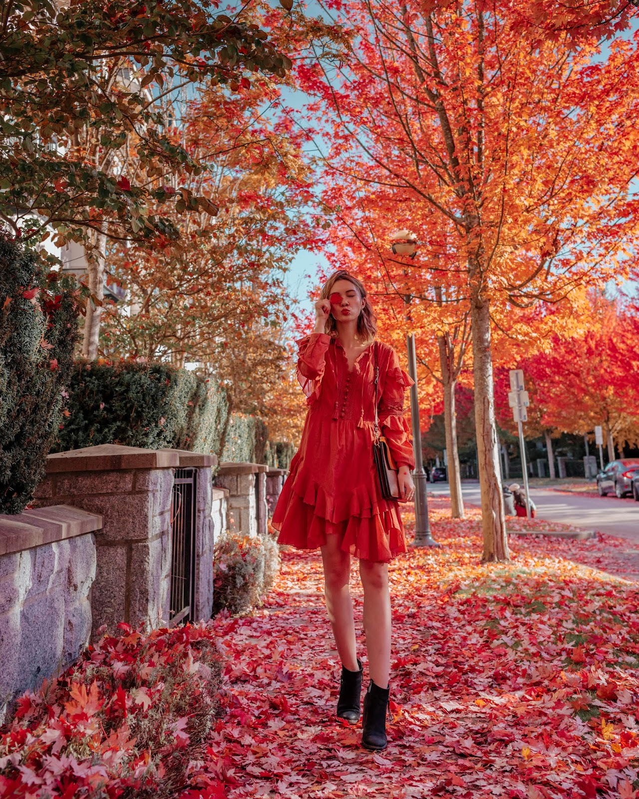 Camel tones, vancouver blogger, fall trends, fall 2018 trends, camel coat, cozy outfit for winter, fall outfit, fall style, canadian style, canadian fashion blogger, rust tones, sea new york, weatherly dress, fall dresses, chloe faye, blondo booties