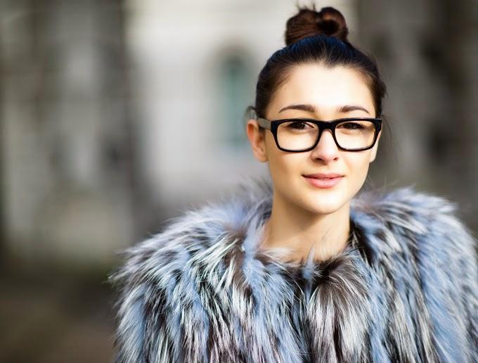 Por outro lado, a Ana vai poder contar, na real, se as lentes Transitions  funcionam direitinho, já que ela, REALMENTE, precisa de óculos. 24a9501ef6